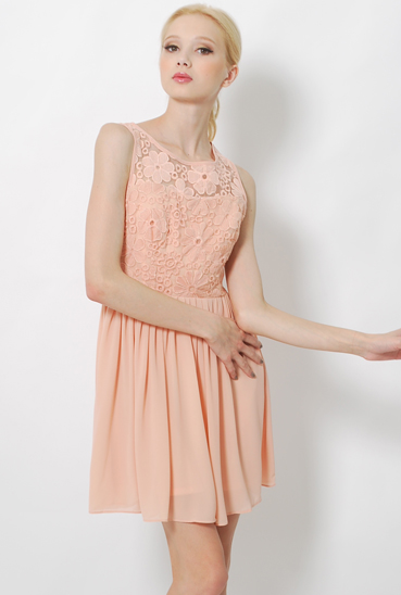 LAB DAISIES LACE DRESS ROSE  S$33.00